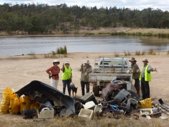 Clean Up Australia event at Company Dam